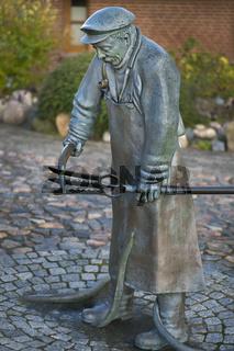 'Peter Aal' - Bronzeplastik von Bernd Maro