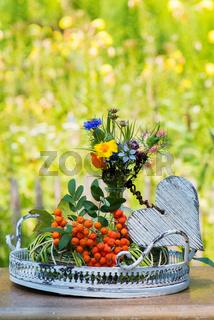 Wildblumen mit Herz