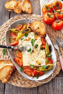 Feta mit Tomaten und Pepperoni