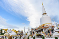 Large white pagoda at Wat That Noi in Thailand