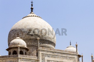 Detail view on the Dome, Cupola of Taj Mahal. UNESCO World Heritage in Agra, Uttar Pradesh, India