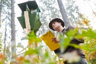 Borkenkäferfalle als Waldschutz Prävention