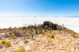 Bolivia Uyuni Incahuasi island tourists on the trail