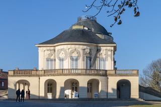 Schloss Solitude, Seitenansicht Hauptgebäude