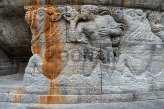 Relief am Brunnen der Jugendstil Kuranlage Sprudelhof, Bad Nauheim