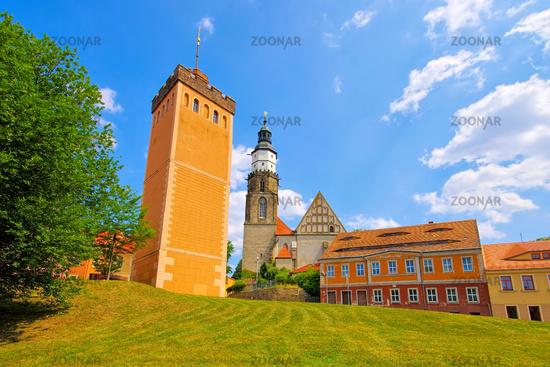 Kamenz Roter Turm und Kirche in Sachsen, Deutschland - Kamenz red tower and church, Saxony in Germany