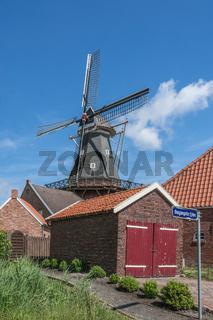 Windmühle in Rysum, Ostfriesland, Niedersachsen, Deutschland