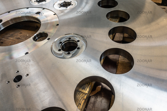 Milled Stainless Steel Cylinder Storage Palette Finished Polished Surface Texture Manufacturing Equipment