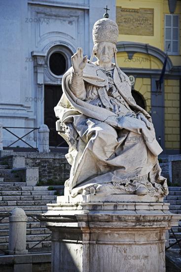 pope Clemente XII, sculpture, Chiesa di San Domenico, church, Ancona, Italy, Europe
