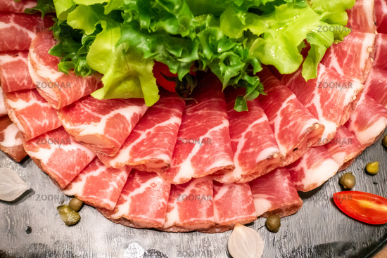 Cold cut meat