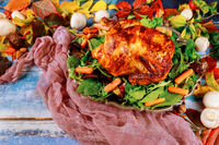 Thanksgiving garnished with roasted chicken of herbs