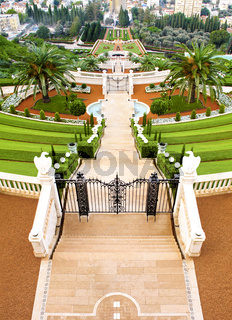 View Of The Hanging Garden Terraces In Haifa, Israel