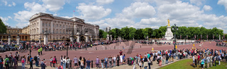 Wachablösung am Buckingham Palace - London