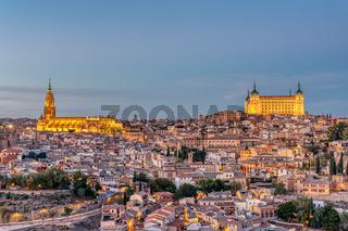 Die Altstadt von Toldeo in der Dämmerung