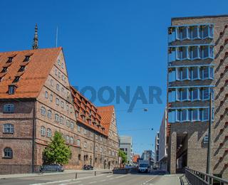 Ulm, Neue Straße,Sparkassengebäude und Neuer Bau