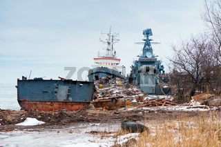 ship graveyard, end-of-life ships, old naval vessels