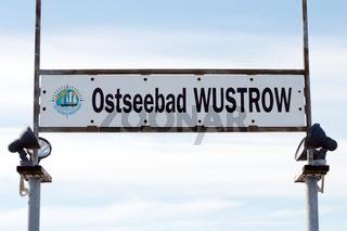 Wustrow Schild 001. Fischland Darss Zingst. Deutschland