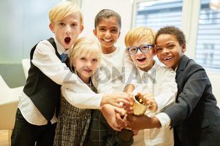 Erfolgreiches Start-Up Team gewinnt einen Pokal