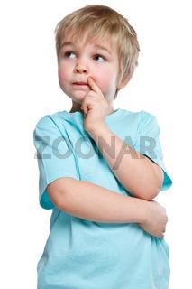 Kind kleiner Junge denken nachdenken träumen Freisteller freigestellt isoliert