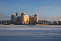 Hunting castle Moritzburg in winter1