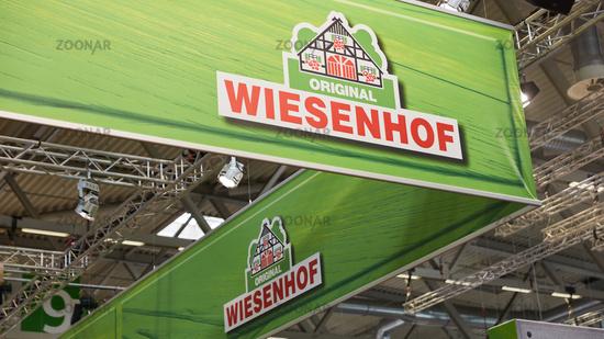 KÖLN, OKTOBER 2019: Wiesenhof Logo auf der ANUGA Messe