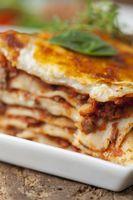 Nahaufnahme eines Teils der Lasagne