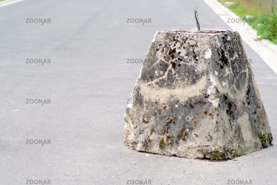 Concrete block road barrier