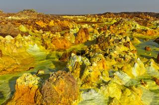 Fumarolen aus Schwefelgestein im Geothermalgebiet Dallol, Danakilsenke, Afar Dreieck, Äthiopien