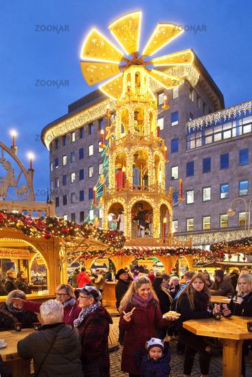 Christmas market with illuminated Christmas pyramind, Bochum, Ruhr Area, Germany, Europe