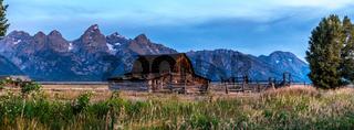 Grand Teton mountains scenic view