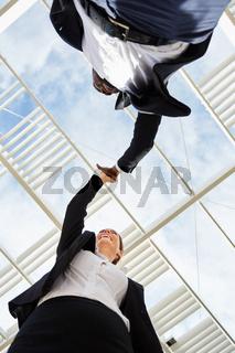 High Five für Teamgeist und Kooperation