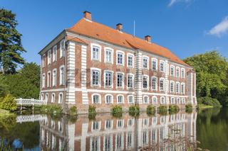 Herrenhaus von Gut Güldenstein in Harmsdorf