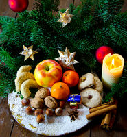 traditional german christmas sweets plate