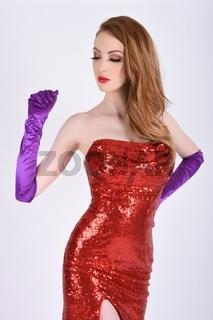 Umwerfendes, grosses, schlankes, vollbusiges, rothaariges, Model, verkleidet als sexy Jessica Rabbit