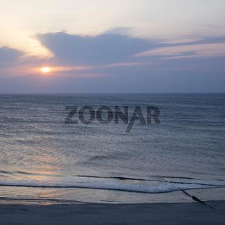 Sonnenuntergang ueber der Nordsee