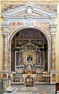 Linker Seitenaltar in der Kathedrale Sant'Agatha in Gallipoli