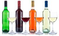 Wein Flaschen Weinflaschen Weinglas Rotwein Weißwein Rose freigestellt Freisteller