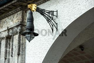 Lampe in der Jugendstil Kuranlage Sprudelhof, Bad Nauheim