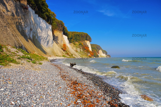 Ruegen Kreidekueste im Herbst - Ruegen chalk cliffs in autumn