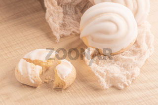Coockies with egg white cover