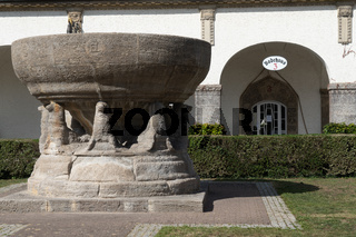 Brunnen in der Jugendstilanlage Sprudelhof in Bad Nauheim