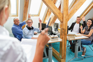 Erfolgreiches Start-Up Team im Coworking Büro