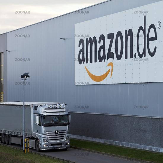 Trucks in front of Amazon logistics centre, Rheinberg, North Rhine-Westphalia, Germany, Europe