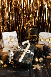 Festlich verpackte Geschenke