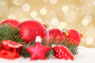 Weihnachten rote Weihnachtskugeln Weihnachtsdeko Weihnachtsdekoration Gold Dekoration Schnee Textfreiraum Copyspace