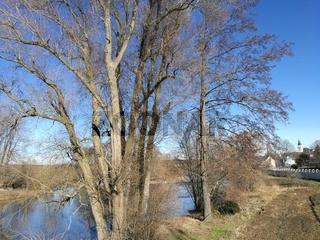 Sonniger Wintertag im Zschopautal in Sachsen