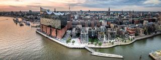 Panorama von der Hafencity in Hamburg