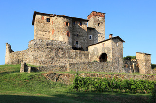Schloss Castello di Bagnolo, Italien, Piemont. Beliebter Veranstaltungsort für Hochzeiten