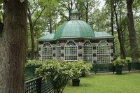 Gardenhouse in parc of Peterhof