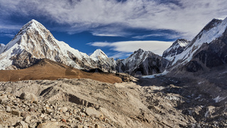 Der Berg Pumori am Everest Base Camp in Nepal